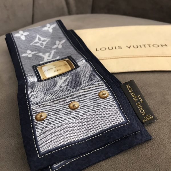 bandeau louis vuitton en soie imprimé monogram LV couleur denim
