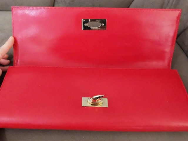 Pochette Givenchy Rouge ouvert